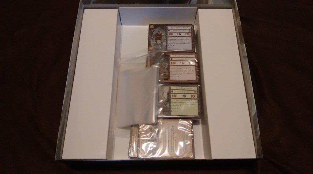 A tak wygląda zawartość po otworzeniu pudełka.